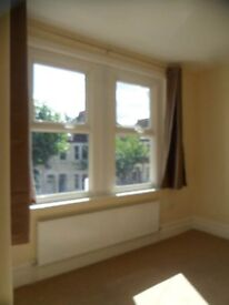 To rent 3 bedroom house in Plum Lane, Plumstead, London SE18 3AE