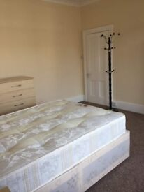 Spacious and Beautiful Double Size Room to Let in Tooting