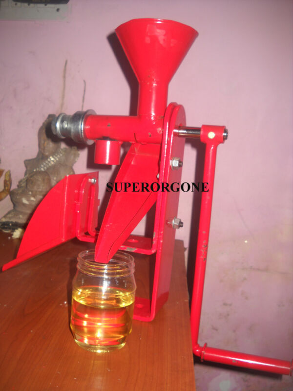 OIL EXPELLER NUT OIL PRESS MACHINE HIGH QUALITY COLD PRESS
