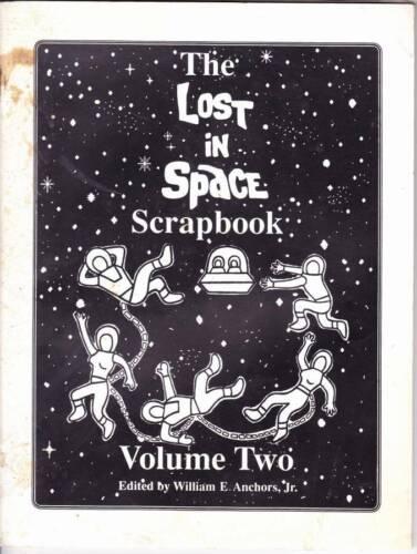 LOST IN SPACE SCRAPBOOK Two - 1987 fanzine June Lockhart Dick Tufeld L.B. Abbott