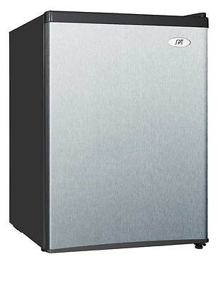 NEW Compact Small Refrigerator Mini Fridge Freezer Cooler 2.