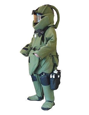 Bombenschutzanzug * Bomb Suit Kampfmittelräumung * EOD Juggernaut * Beseitigung