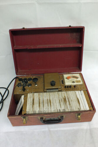 Vtg Hickok Model 121 Cardmatic Portable Tube Tester with 300 + Cards - Untested