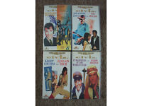 4 ELVIS DOUBLE VIDEOS(8 FILMS IN TOTAL)-VHS-ASSORTED TITLES