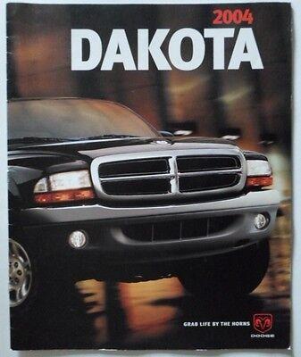DODGE DAKOTA orig 2004 USA Mkt Large Format Sales Brochure
