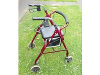 Four Wheel Walking Aid Lightweight Frame With Seat Roma Rollator