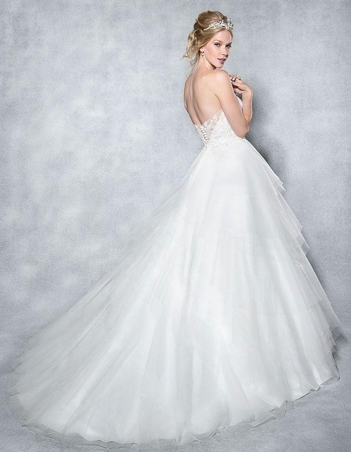 White Lace Tulle Wedding Dress Size 6 Sleeveless Plus Underskirt And Veil