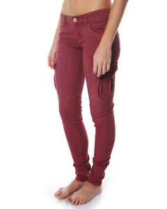 BRAND-NEW-TAGS-BILLABONG-PATRIATE-LADIES-8-MERLOT-CARGO-PANTS-STRETCH-JEANS