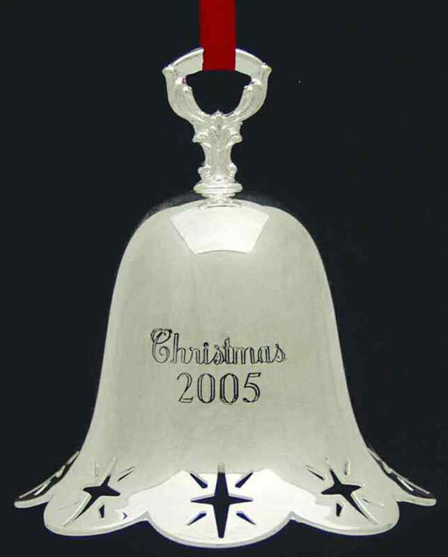 Towle Silver Christmas Bell-Annual 2005 Star Pierced Bell - Boxed 4722627