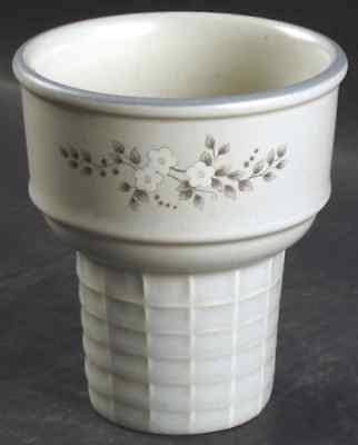 - Pfaltzgraff HEIRLOOM Ice Cream Cone Shaped Dish 4474399