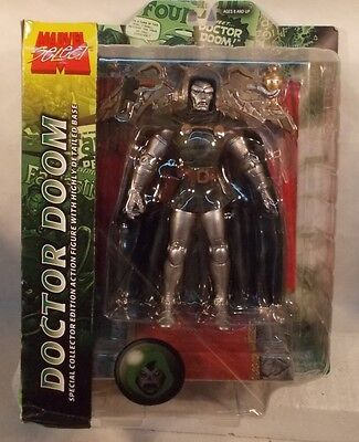 Marvel Select Doctor Doom With Throne Display Fantastic Four Diamond Dr Doom MIP