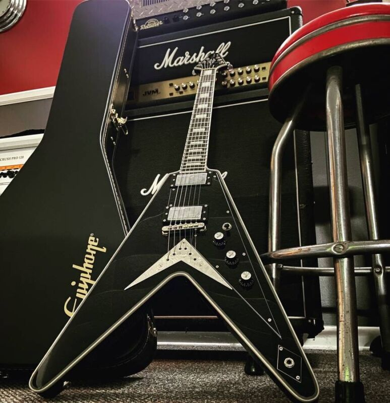 Epiphone Brent Hinds Flying V Custom