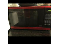 Microwave used vvvv little u can see in pics