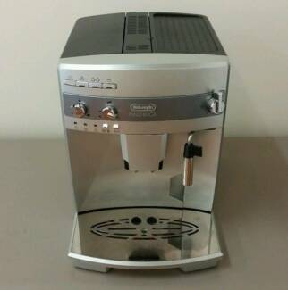 Delonghi Magnifica Coffee Machine Newcastle 2300 Newcastle Area Preview