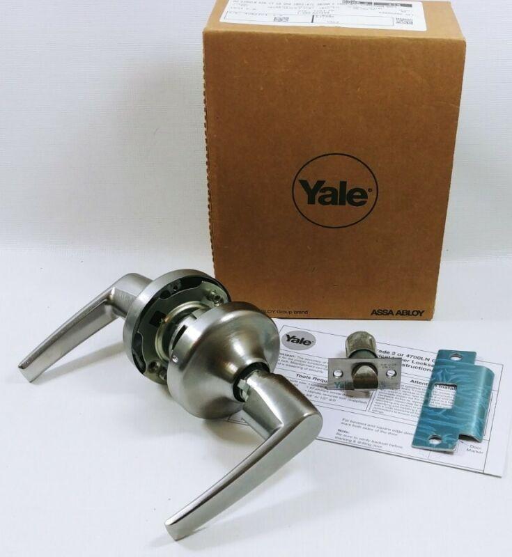 Yale 5301LN Grade 2 Passage Lever Set Non-Locking Satin Chrome 5300LN