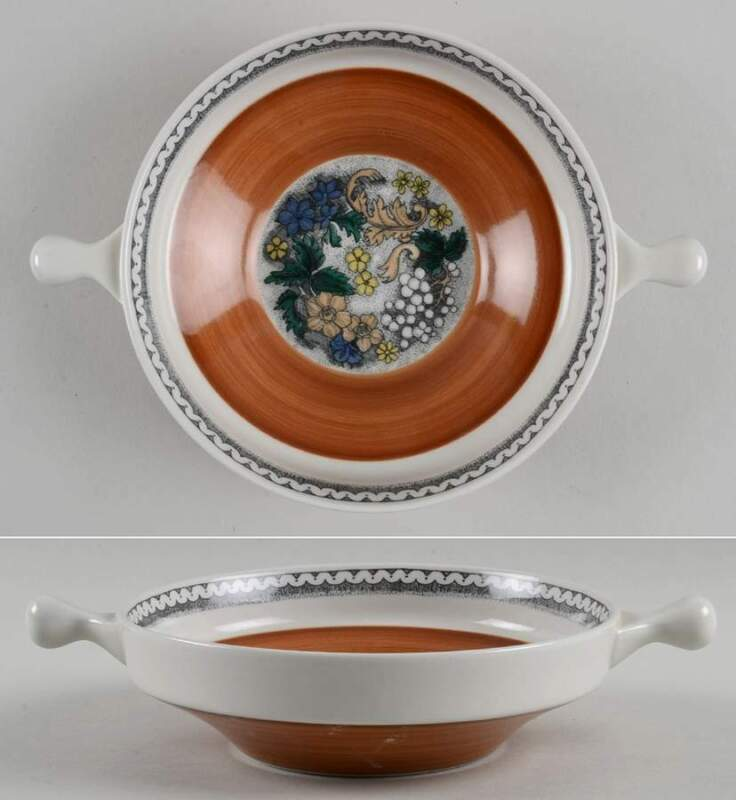 Goebel BURGUND Lugged Soup Bowl 5935279