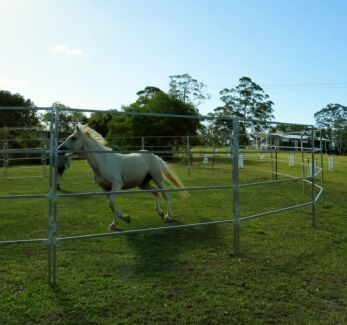 Round Yard - Panels - Especially for Horses - $1,249.00 Brisbane South West Preview