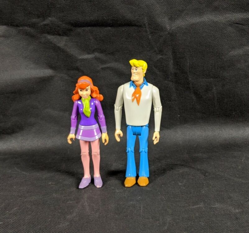 Scooby Doo Hanna-Barbera Charter Ltd Jointed Action Figures Fred & Daphne