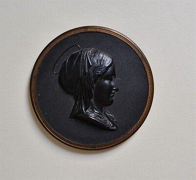 Belle and Large Medal Wood Pressed - Virgin Marie