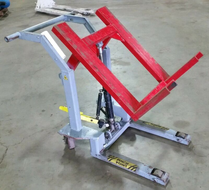 4 Wheel Lift Cart Fork Style Lift Truck Pedal Operated