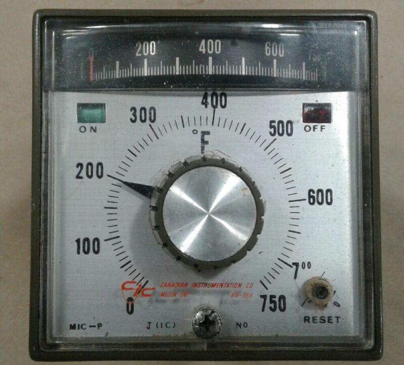 Canadian Instrumentation Temperature Controller 0-750°F 252324 #022A21