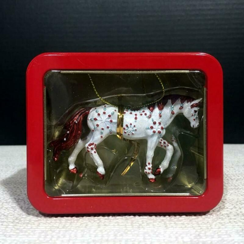 20633 JEWEL Resin Horse of a Different Color Christmas Ornament In Window Tin