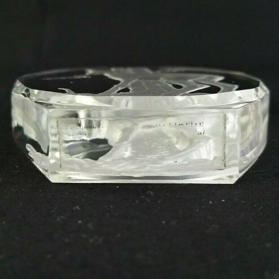 Deer Intaglio Crystal Glass Paperweight Danbury Mint Philip Nathan Germany - $13.95