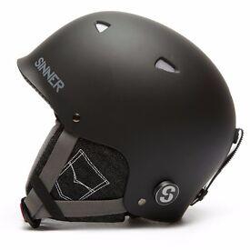SINNER Magic Children's Ski Snowboard Helmet XS - Brand New in Box (RRP £40.00)