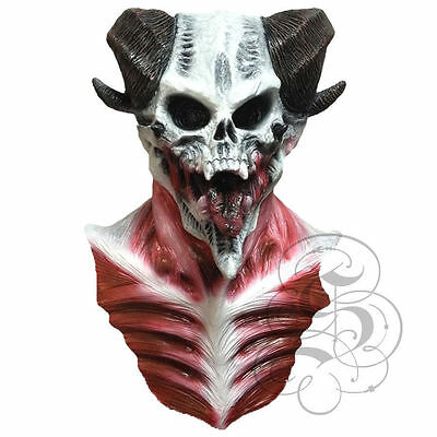 l Lord Skull with Chest Horror Dress Up Costume Party Masks (Horror-dress Up Kostüme)