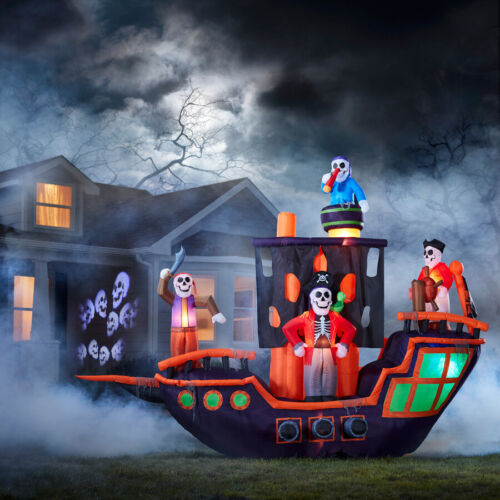 Holiday Living 9.12-ft x 11.5-ft Animatronic Lighted Pirate Ship Halloween NIB