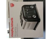 BNIB MORPHY RICHARDS ACCENTS 4 SLICE TOASTER BLACK POLISHED