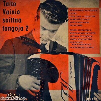 """7"""" TAITO VAINIO soittaa tangoja 2 Accordionist RYTMI NELIAPILA EP Finland 1959"""