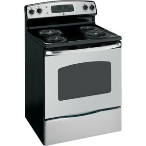 BRAND NEW STOVE FOR SALE IN BOX STILL!! 400$ OBO