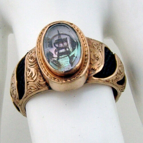 Antique Engraved Mourning Hair Ring 18 K Yellow Gold MOP 1860