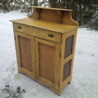 Buffet antique a tartes - construction primitive