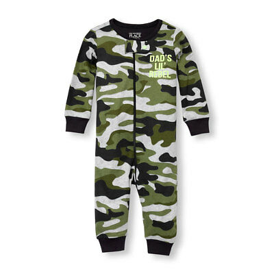 NWT The Childrens Place Camouflage Green Boys Stretchie Romper Sleeper (Camouflage Sleeper)