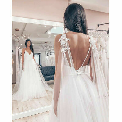 Sexy Country Tulle Wedding Dresses Spaghetti Straps Backless Beach Bridal Gown