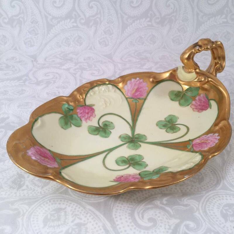 Limoges Art Nouveau Hand Painted Shamrock Clover Handle Nappy Candy Dish Tray