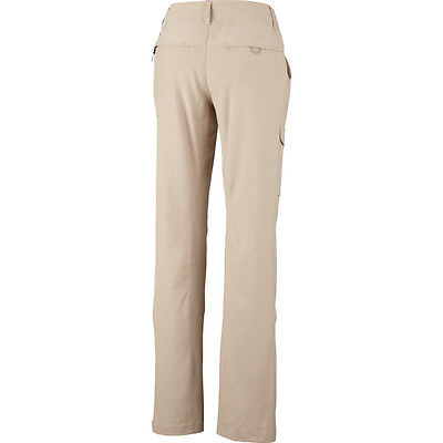 New  Kestrel Ridge  Roll Up Pant Womens  Short  By Columbia Sportswear Sand