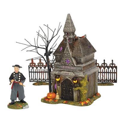 Dept 56 Halloween Village Set (Dept 56 Halloween Village New REST IN PEACE, 2018 SET/4 ANNUAL CRYPT 6002304)