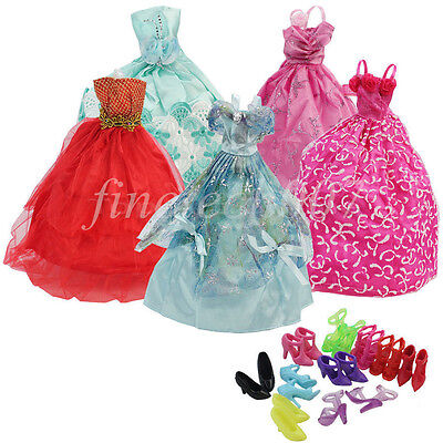 15 Items-- 5Pcs Fashion Wedding Gown Dresses & Clothes 10 Shoes For Barbie Doll