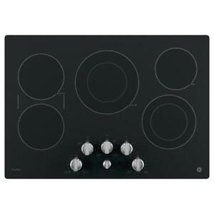 Plaque de cuisson 30 po, Vitrocéramique noire, 5 élléments, GE