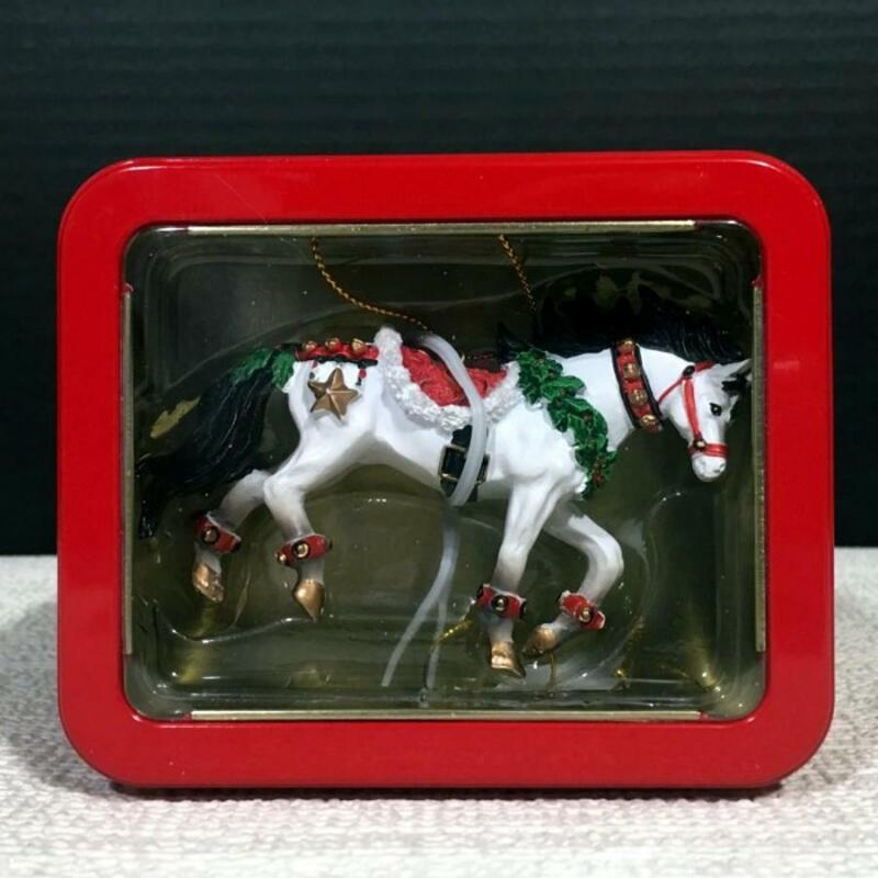 20652 JINGLE BELLS Resin Horse of a Different Color Christmas Ornament in Tin
