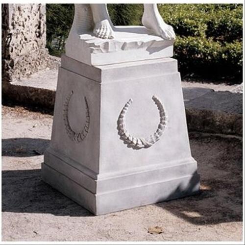 "Neoclassical European Laurel Wreath Statuary Regal Plinth English Base 25"" H."