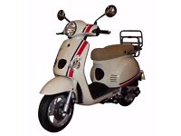 Brand New Baotian Manza Italian style 125 scooter commuter, Vespa Labretta style scooter. Save £250