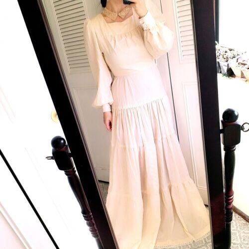 beautiful vintage long sleeve maxi cotton dress