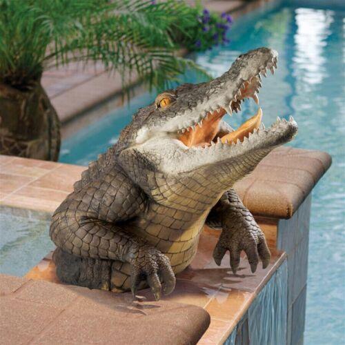 Design Toscano Snapping Swamp Gator Statue Alligator Wild Animal