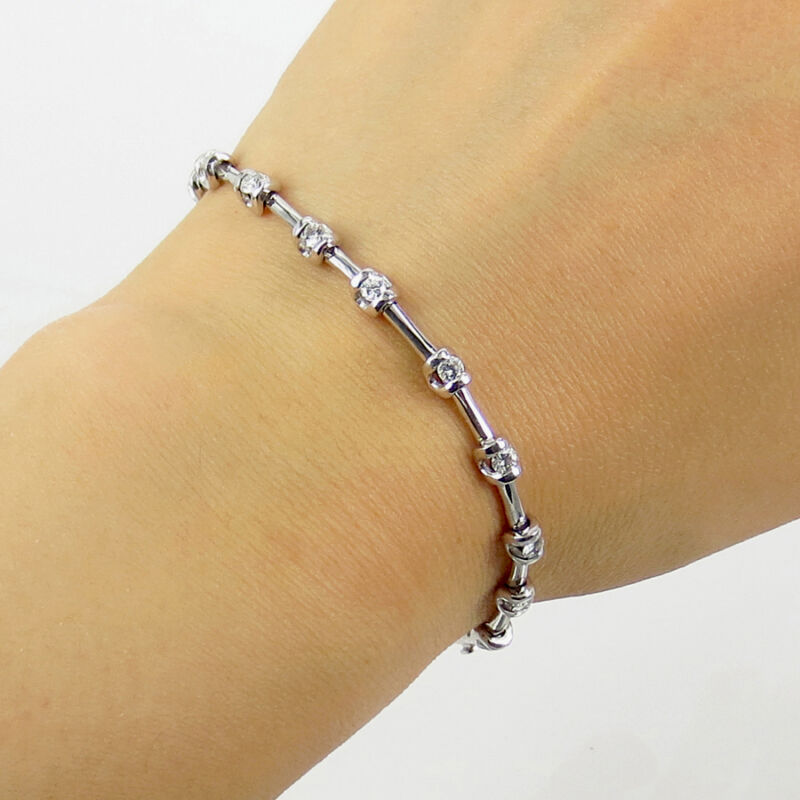 New Old Stock 1.10ct Diamond & 18k White Gold Bar Link Tennis Bracelet
