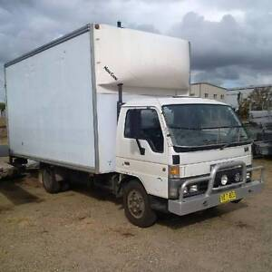 Pantech Furniture Truck - hydraulic Tailgate  Own it from $8/day Armidale Armidale City Preview