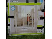 Lindam Child Safety Gate, good condition.